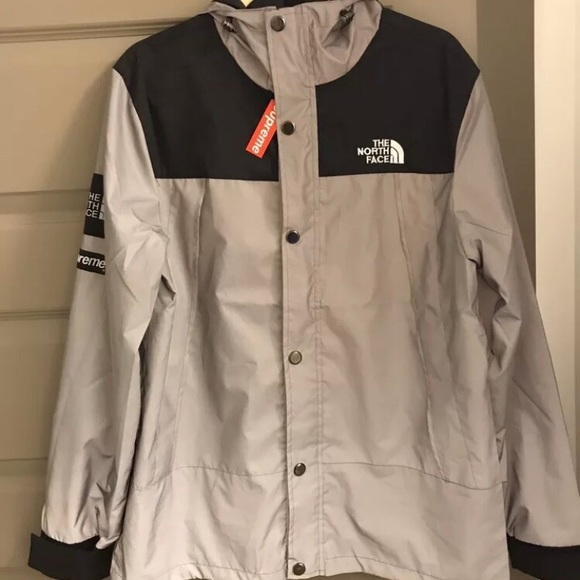 c96d54422ef2 The North Face x Supreme 3M Reflective Jacket Grey